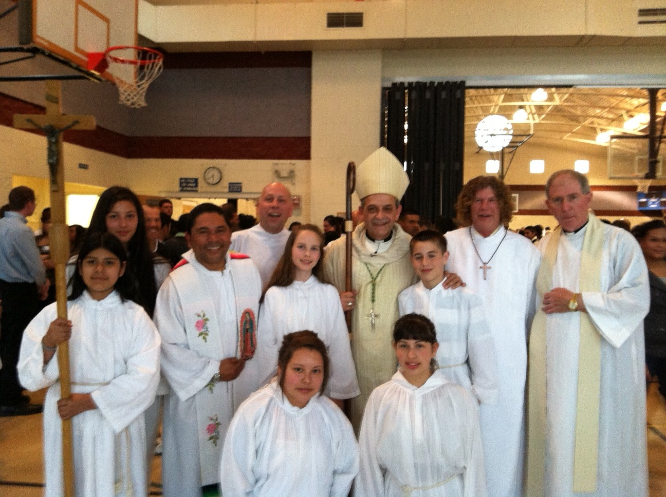saint charles catholic singles Mission statement: under the guidance of the holy spirit, we, the family of st john neumann, strive to become committed disciples of jesus, growing as stewards of god's gifts.